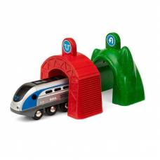Железная дорога Smart Tech - Локомотив и 2 тоннеля (свет, звук) Brio