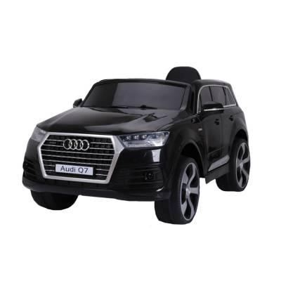 Электромобиль р/у Audi Q7 (на аккум., свет, звук), черный Shenzhen Toys