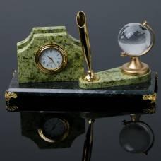 Визитница «Змеевик»: подставка для ручки, часы, глобус Sima-Land