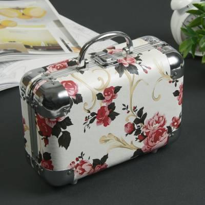 Шкатулка металлокаркас чемодан