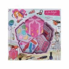 Набор для девочек Подарок ( 13 теней, 4 аппликатора, 6 блесков для губ, 12 накладных ногтей YSJ