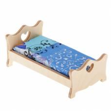 Деревянная кукольная кровать