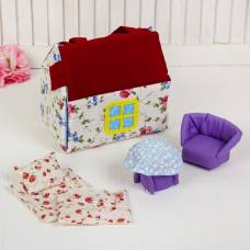 Домик кукольный из текстиля