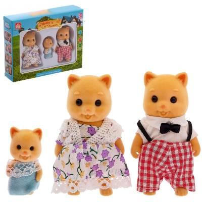 Игровой набор из 3 фигурок Happy Family - Семья свинок