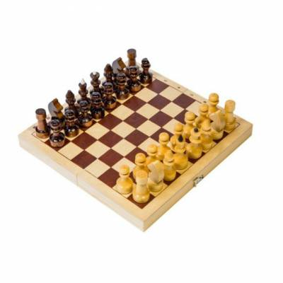 Деревянные шахматы